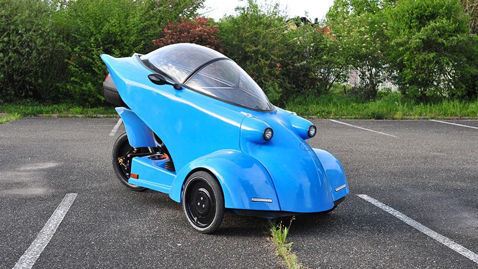 """Así es el Velomóvil: el nuevo """"coche"""" eléctrico a pedales"""