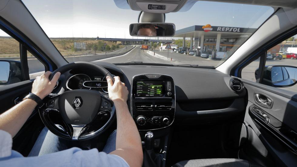 Cómo disminuir el consumo y las emisiones de CO2 de tu coche en solo 5 minutos