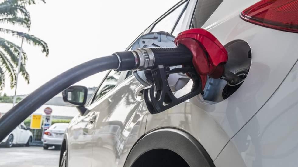 """El """"dieselazo"""", inminente: todas las claves de la subida del diésel"""