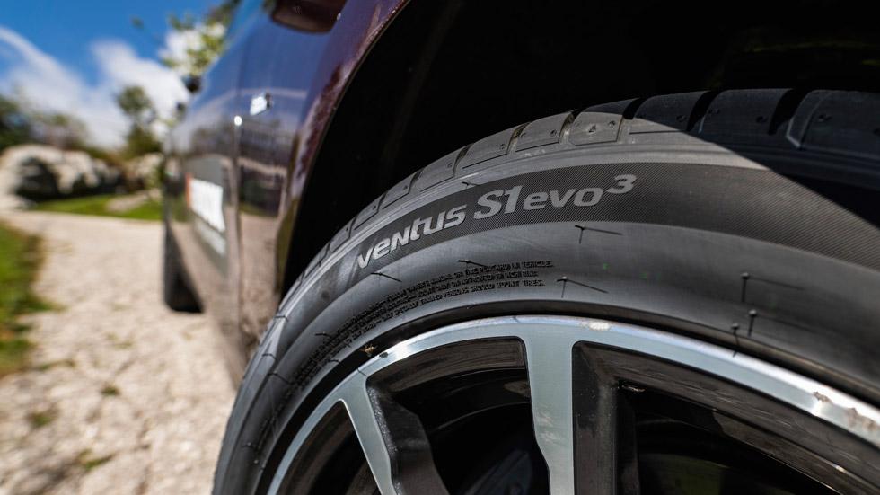 Hankook presenta su nueva gama de neumáticos de altas prestaciones