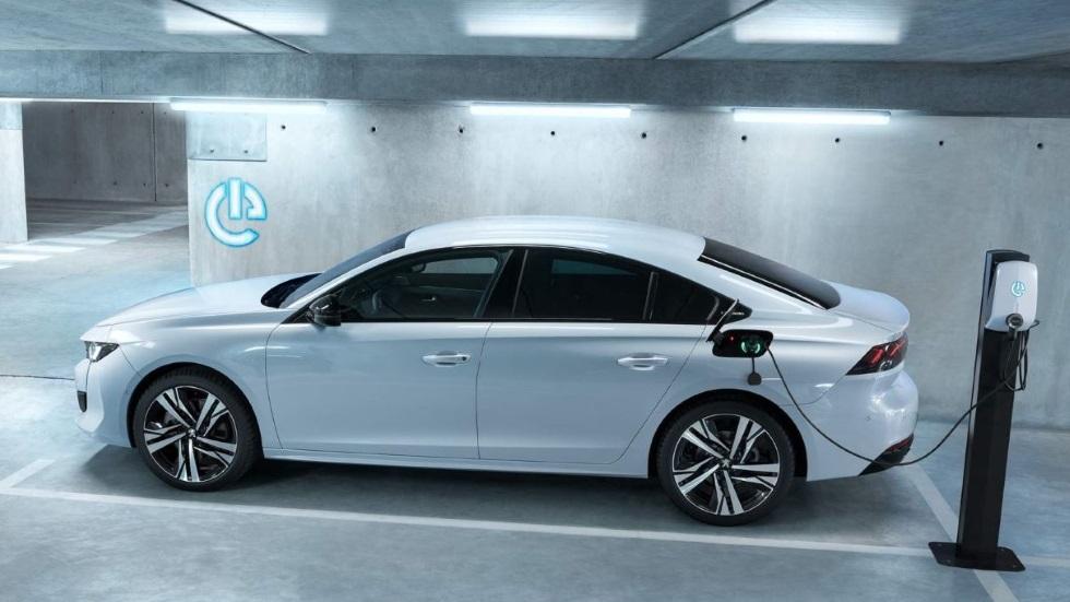 Peugeot 508 Hybrid: primeros precios para Europa y datos de la nueva berlina