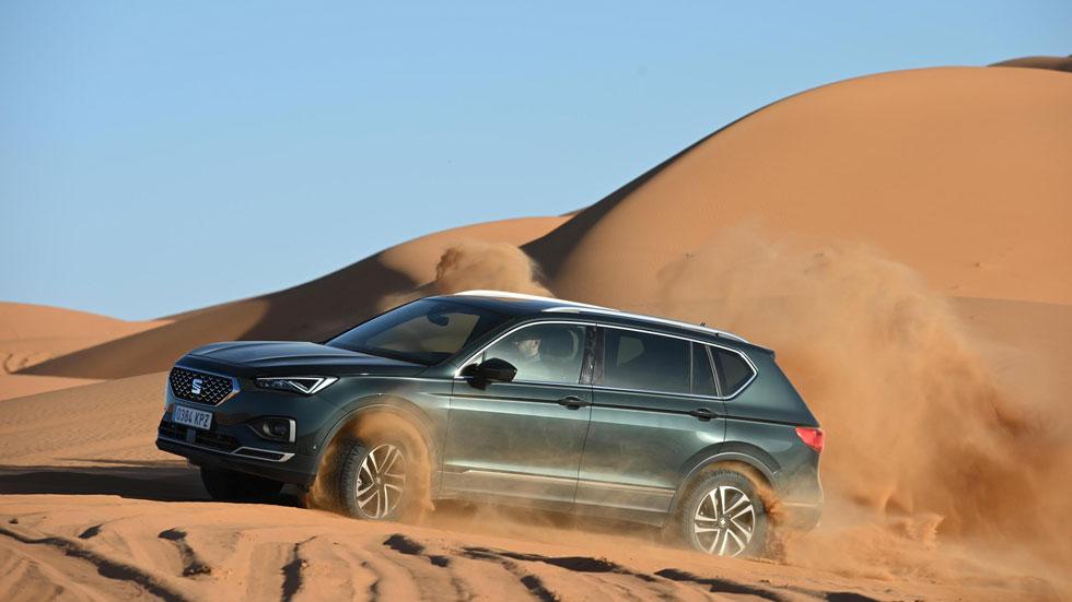 Cómo atravesar dunas y zonas con muchas arena con tu SUV o todoterreno (vídeo)