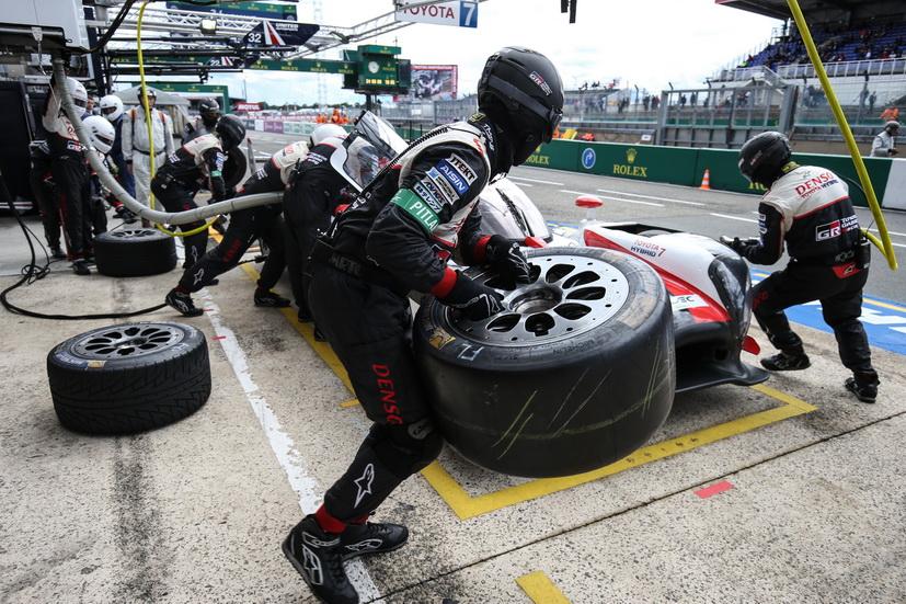 24H de Le Mans (calificación 2): el Toyota nº 7 en la pole provisional seguido del nº 8