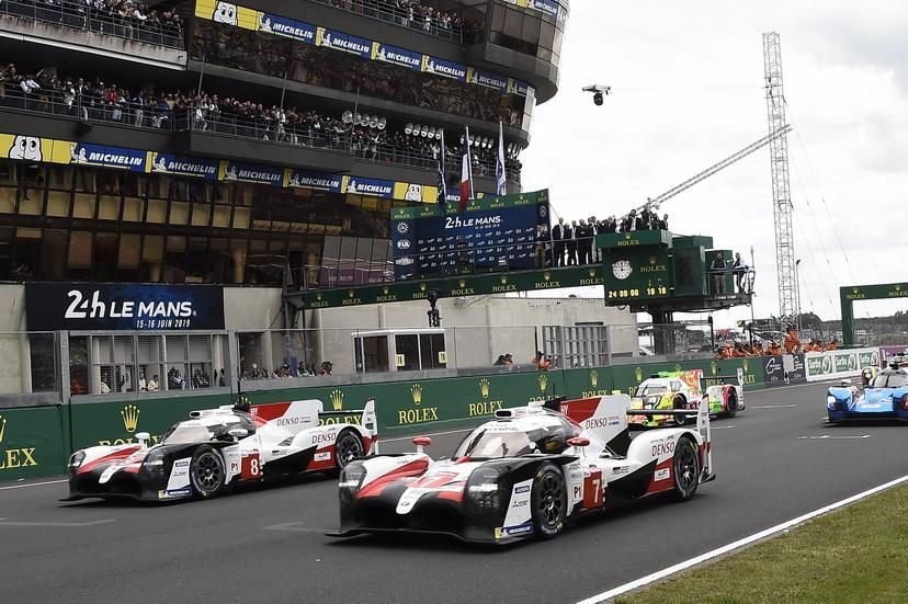 24H de Le Mans: ¡se da la salida!