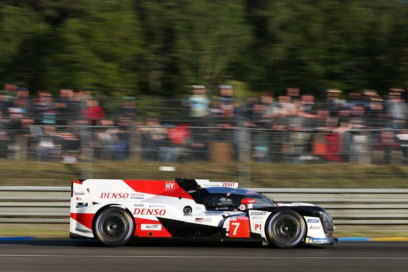 24H de Le Mans: tras la primera hora, sigue líder el Toyota nº 7