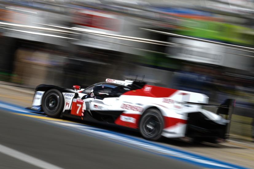 24H de Le Mans: 2 horas de carrera y siguen arriba los dos Toyota