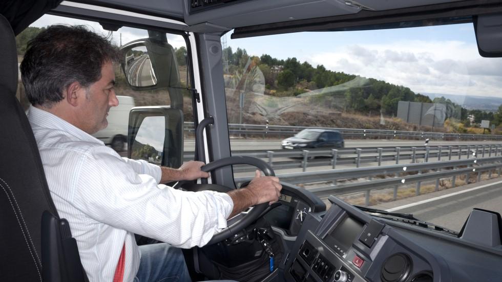 Los camioneros, ¿obligados a tener ya bachillerato para poder conducir y trabajar?