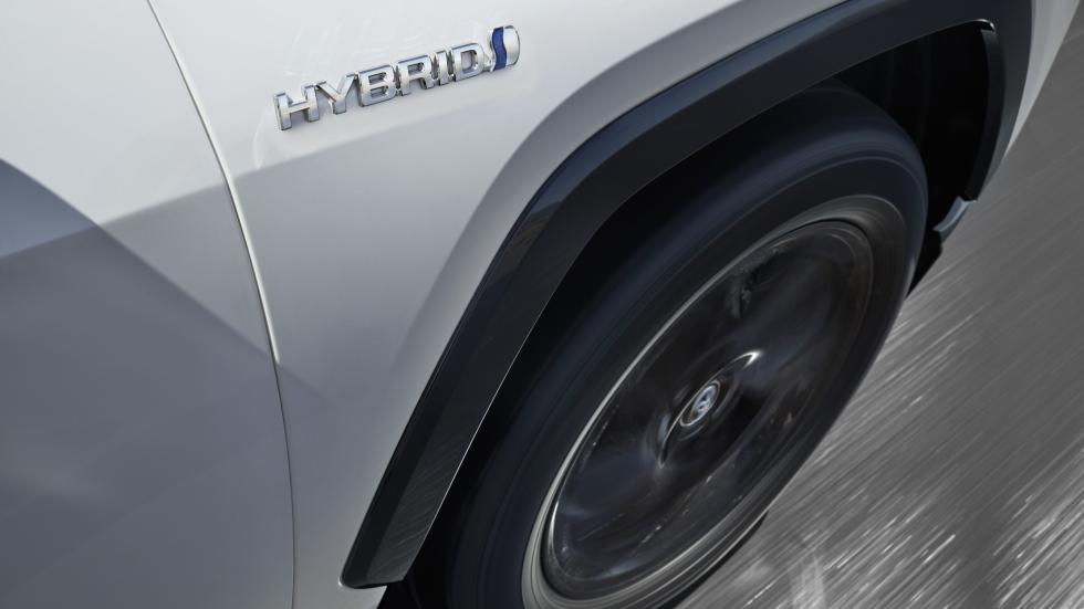 Cómo funciona un coche híbrido eléctrico: así es su tecnología