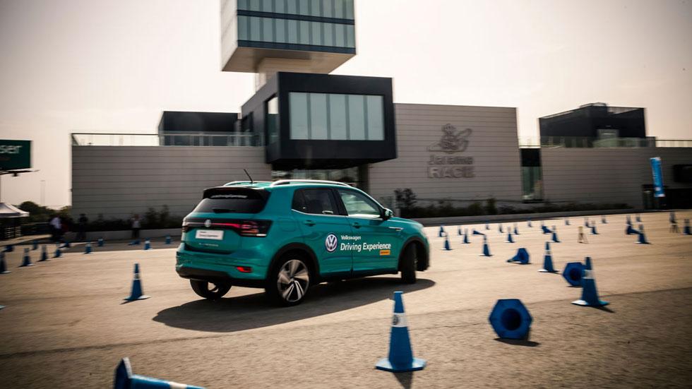 Volkswagen Driving Experience: deportividad en circuito, seguridad en la carretera