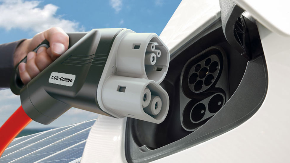 China y Japón revolucionan la carga eléctrica: su nuevo conector, a 900 kW