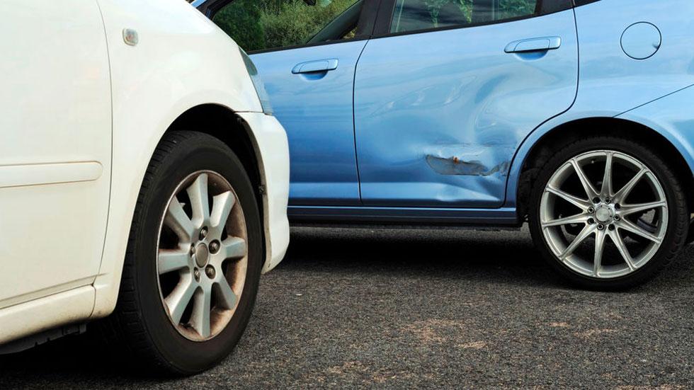 Todo lo que tienes que saber sobre los golpes de chapa en tu coche