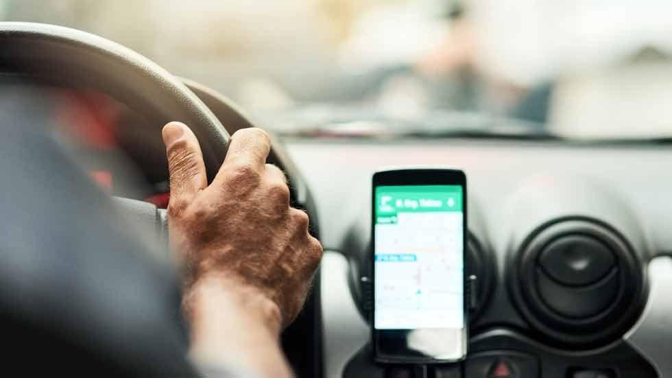 Cámaras, GPS, escaneos de OBD… Los accesorios de los coches conectados, ¿son seguros?