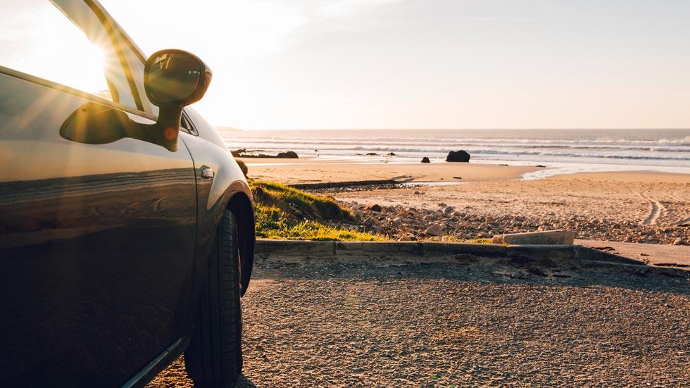 Por qué una toalla de playa puede ser mortal cuando conduces