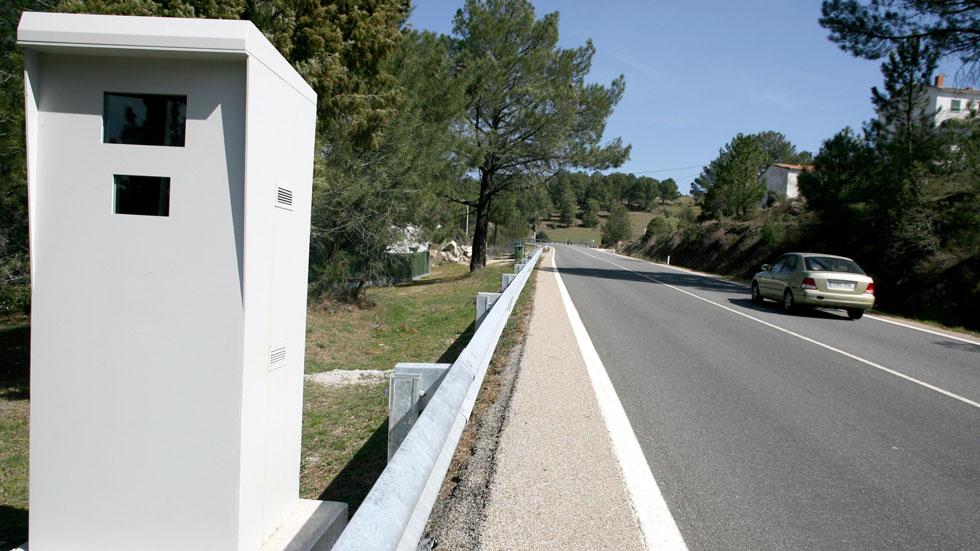 """¿Cuántos radares de tráfico son en realidad """"cajas vacías""""? Pere Navarro lo aclara"""