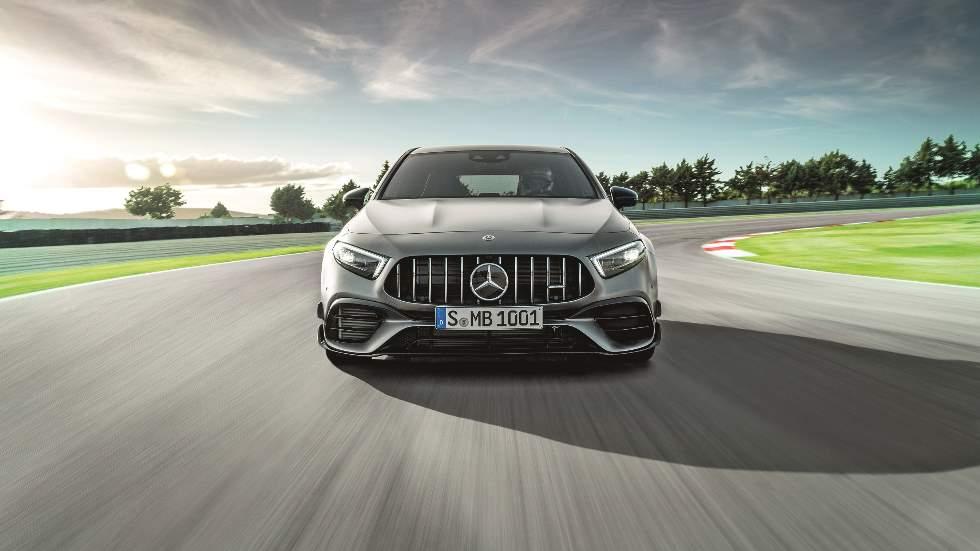 Mercedes-AMG A 45 S, el compacto más potente del mundo: analizamos su motor