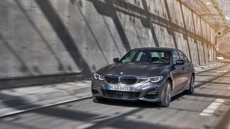 BMW 330e Sedán 2019, primera prueba del Serie 3 híbrido enchufable