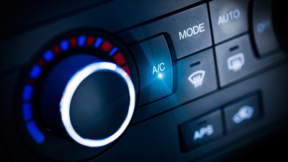 Cómo usar el aire acondicionado sin que tu coche consuma más
