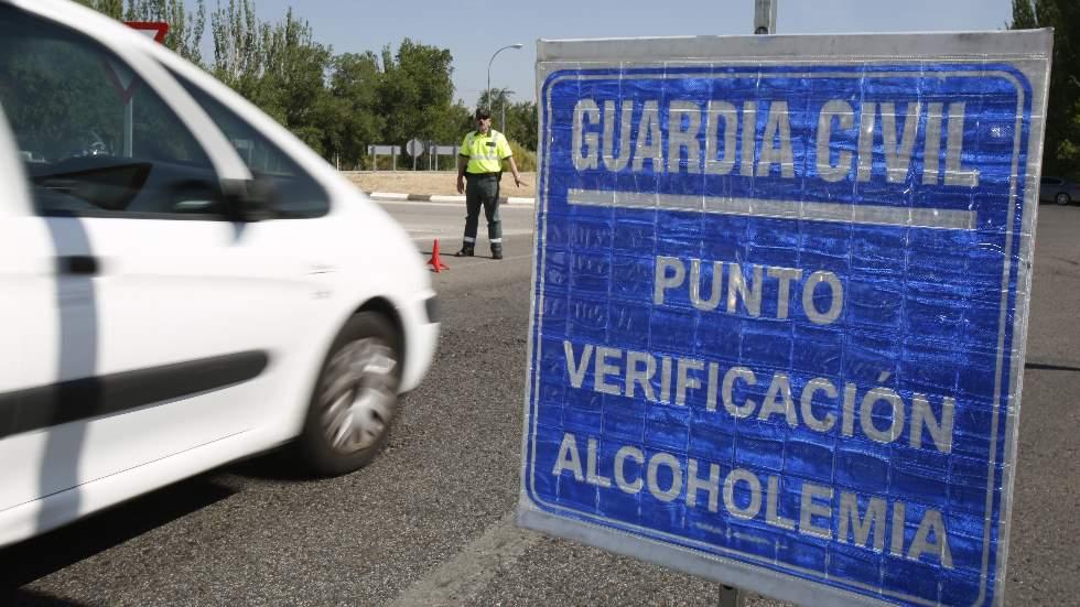 Al volante, ni una gota de alcohol: falsos mitos que no funcionan al pasar un control