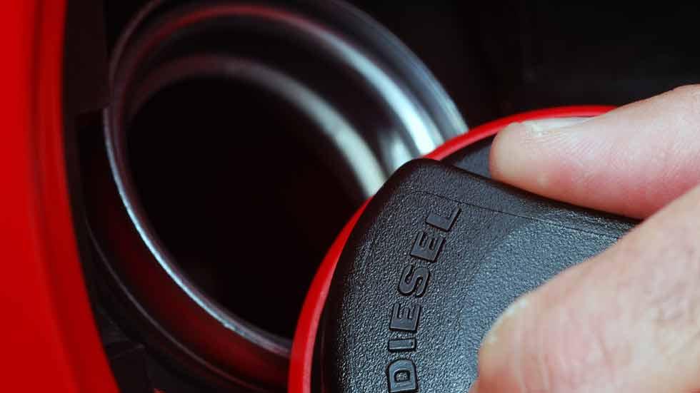 El diésel también pierde fuelle en los coches de segunda mano y en el renting