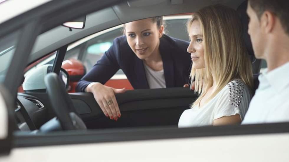 Las ventas de coches, desplomadas este mes: ¿qué está pasando?