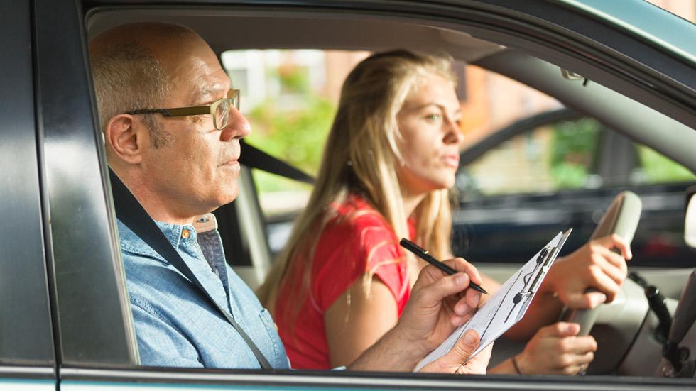 Así será a partir de septiembre el nuevo examen de conducir de la DGT