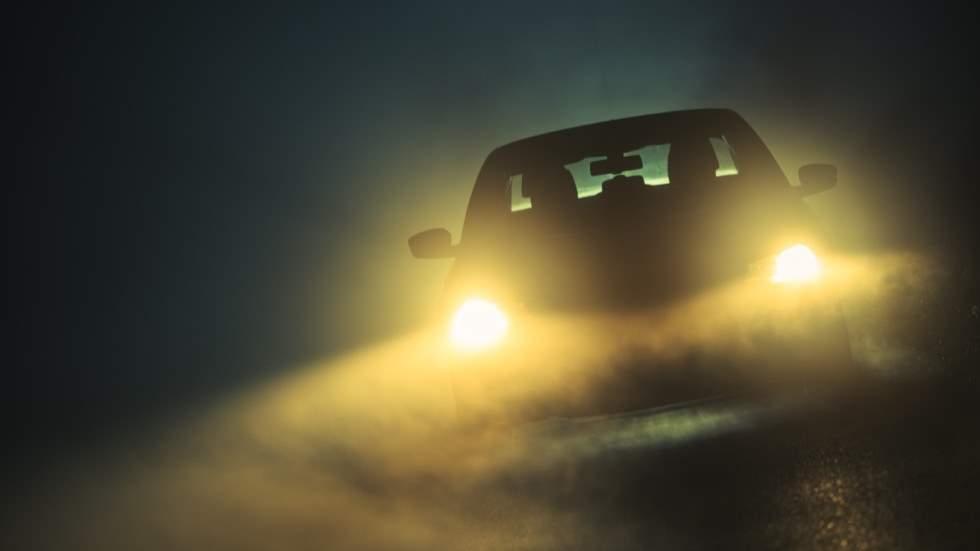 Controla las luces de tu coche: la visibilidad puede reducirse hasta un 40 por ciento
