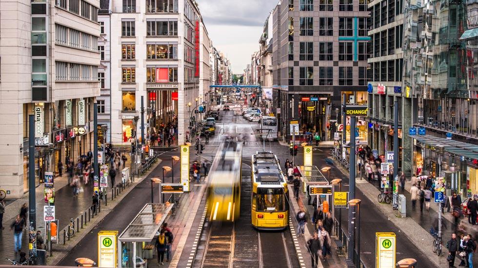 Transporte público a 1 euro: nueva medida contra la contaminación