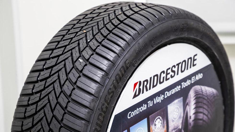 Las ventajas de un neumático todo tiempo frente a uno convencional