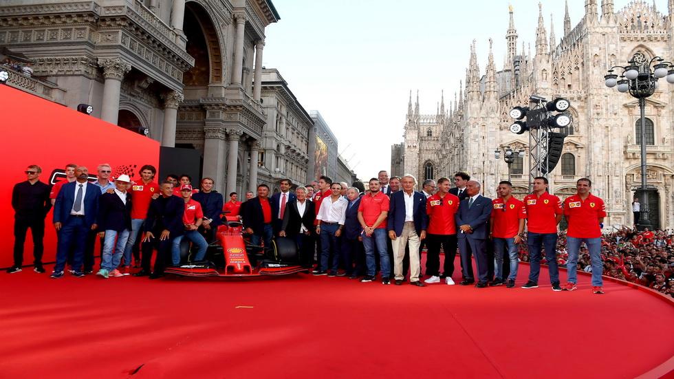 Ferrari y el GP de Italia celebran por todo lo alto en Milán sus 90 años