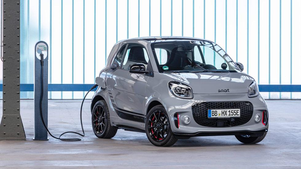 Smart EQ ForTwo y EQ ForFour: fotos y datos oficiales de los nuevos coches eléctricos