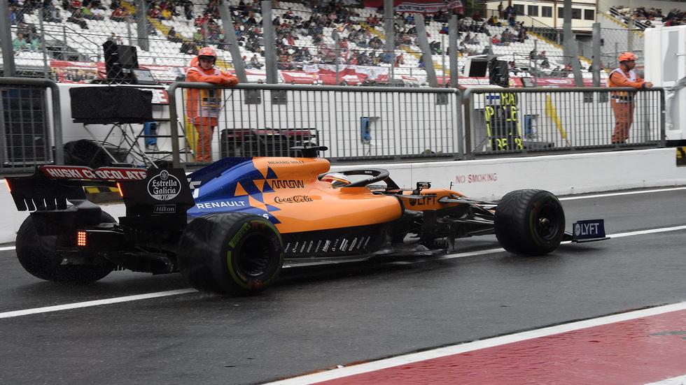 GP de Italia de F1 (FP1): lluvia, accidentes, banderas rojas… y Carlos Sainz segundo