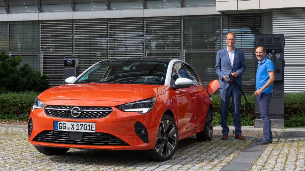 Michael Lohscheller, presidente de Opel: entrevista a bordo del Opel Corsa-e