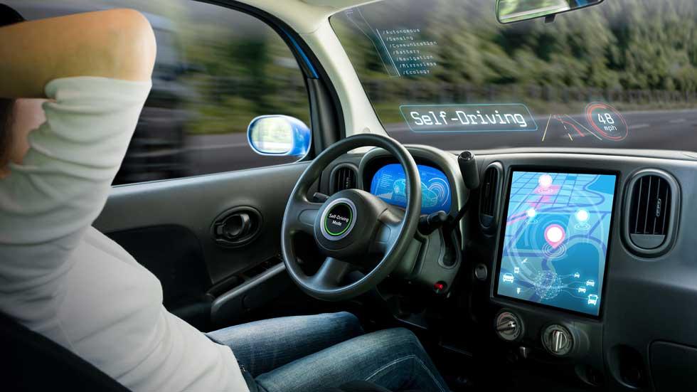 Por qué los coches semi-autónomos son un peligro, según Google