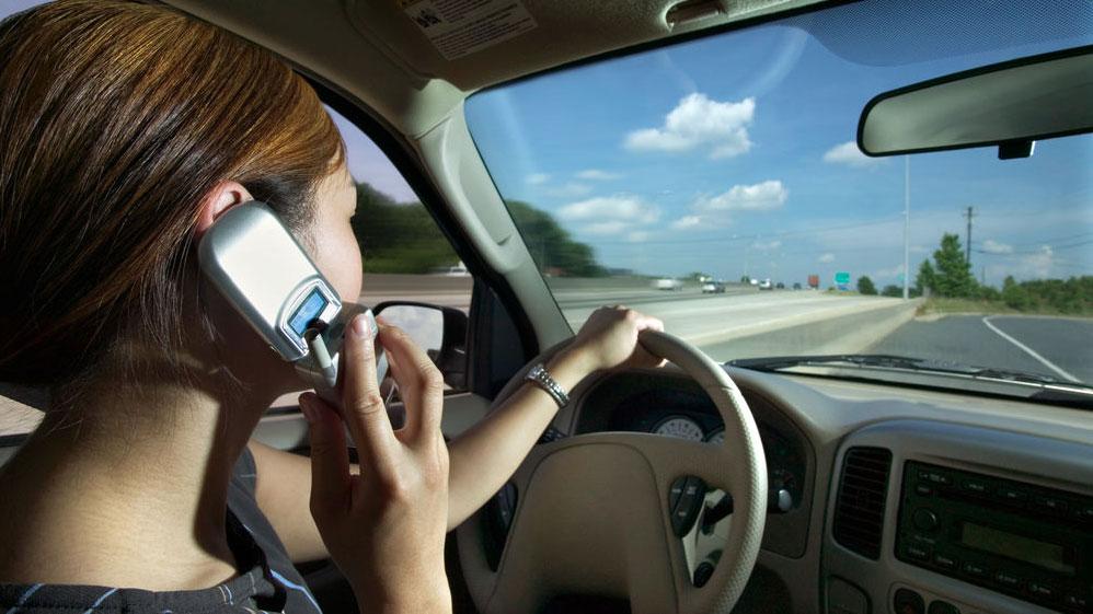 Modo Coche: cómo activarlo en tu móvil para evitar 390 muertes al año por accidente
