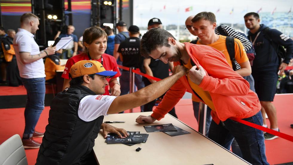 """GP de Rusia de F1: Sainz reconoce que Sochi es """"un circuito difícil"""""""