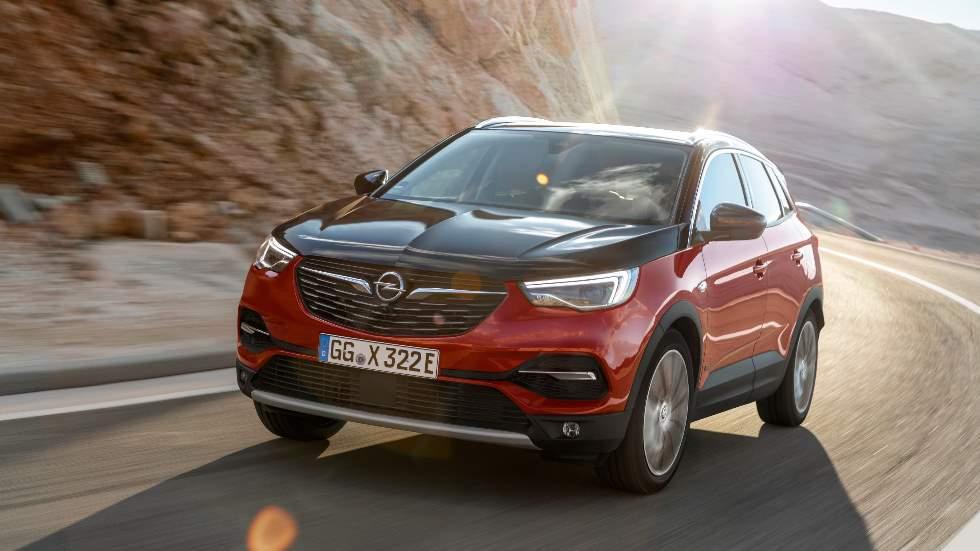 Opel Grandland X: novedades para el SUV y versión Hybrid4