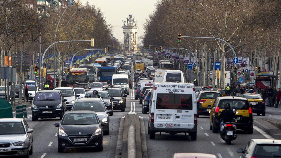 El nuevo impuesto al CO2 podría encarecer más de 1.000 € el coste del coche
