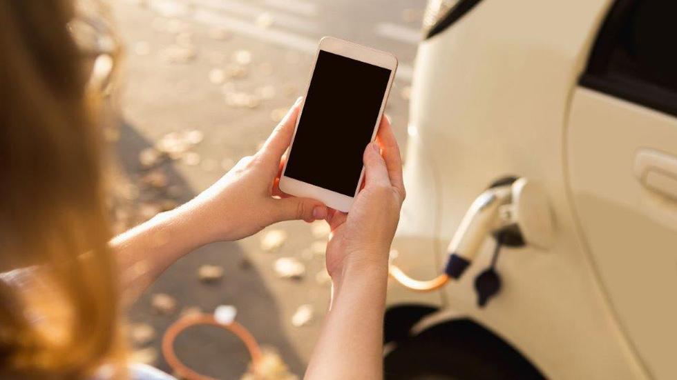Nueva movilidad: alquila el coche por horas con Avis