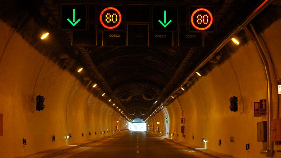 La Unión Europea alerta a España por la falta de seguridad en nuestros túneles