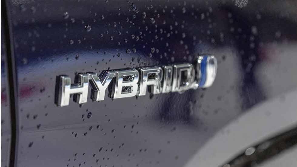 Toyota ampliará la garantía de sus baterías hasta los 10 años