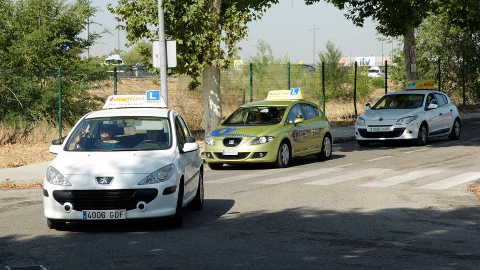 Nuevo examen de conducir de la DGT: las ayudas que SÍ se permiten ya y las que NO