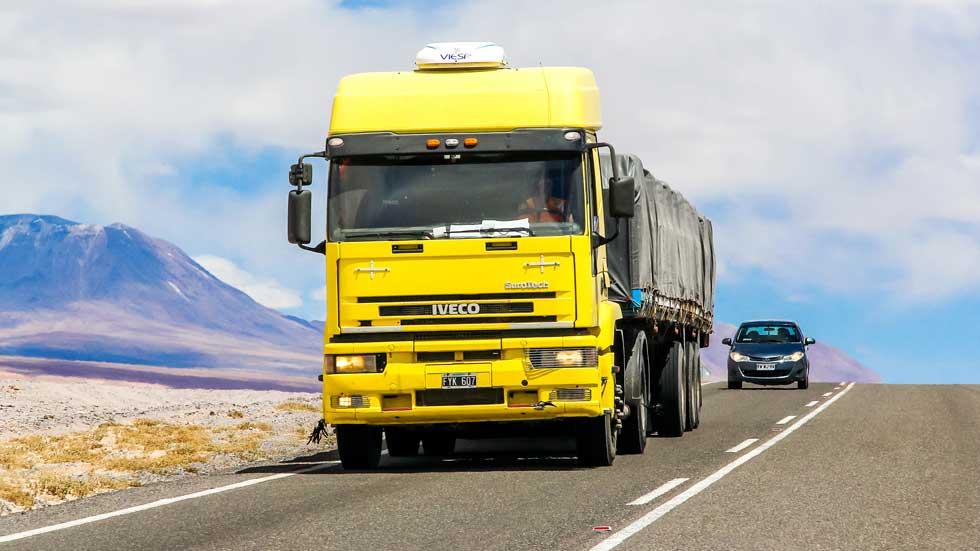 Cártel de camiones en España: llega la primera sentencia