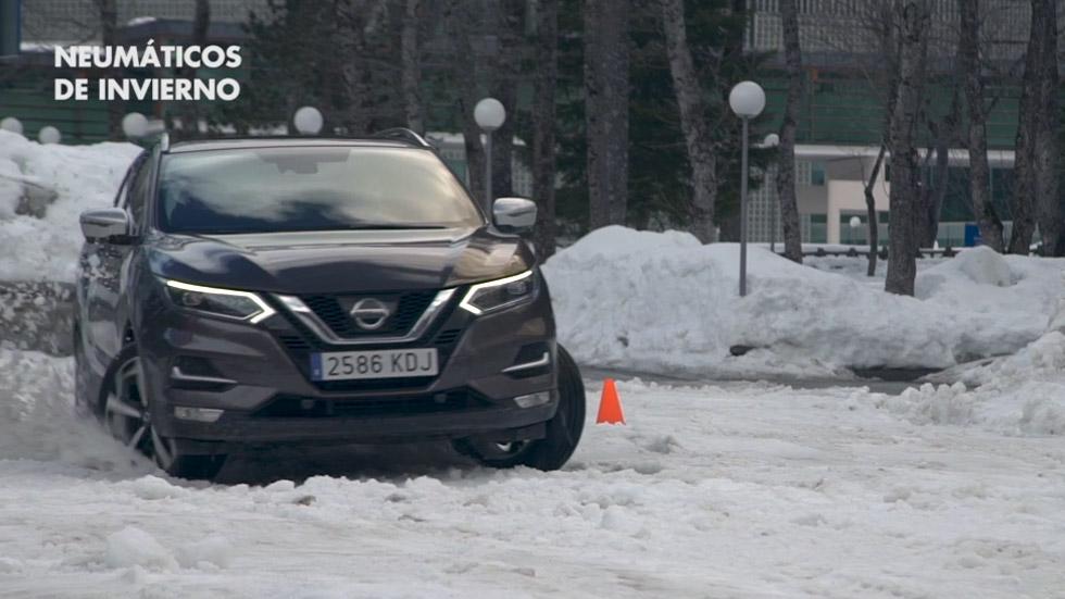 VÍDEOS: Neumáticos convencionales con cadenas o de invierno, ¿cuál ofrece más control?