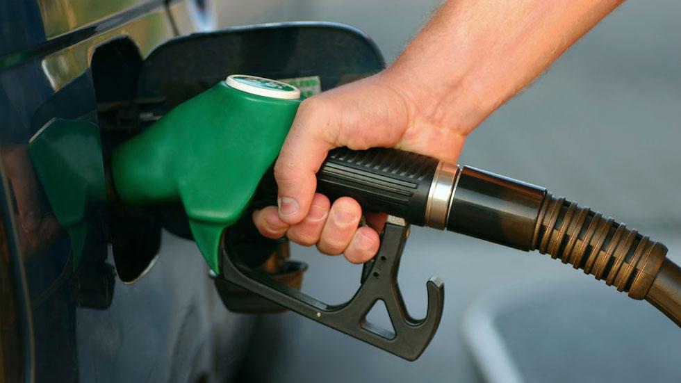 ¿Caduca la gasolina y el diésel, le puede pasar algo grave al coche?