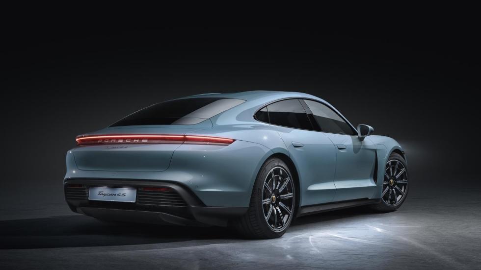Porsche Taycan 4S: la nueva berlina deportiva se estrena en el Salón de Los Ángeles