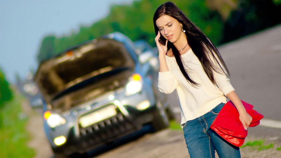 El seguro no se hace cargo de mi coche: ¿qué hacer? ¿Quién me cubre y qué daños?