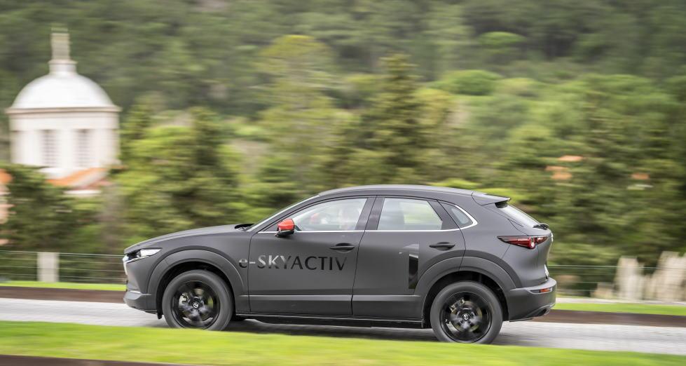 Mazda MX-30 prototipo: el primer eléctrico de Mazda es un SUV, ¡lo probamos!