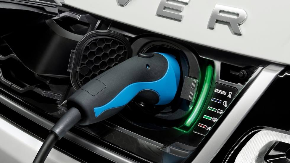 Range Rover 2022: nueva plataforma y nuevas versiones híbridas y eléctricas para el SUV