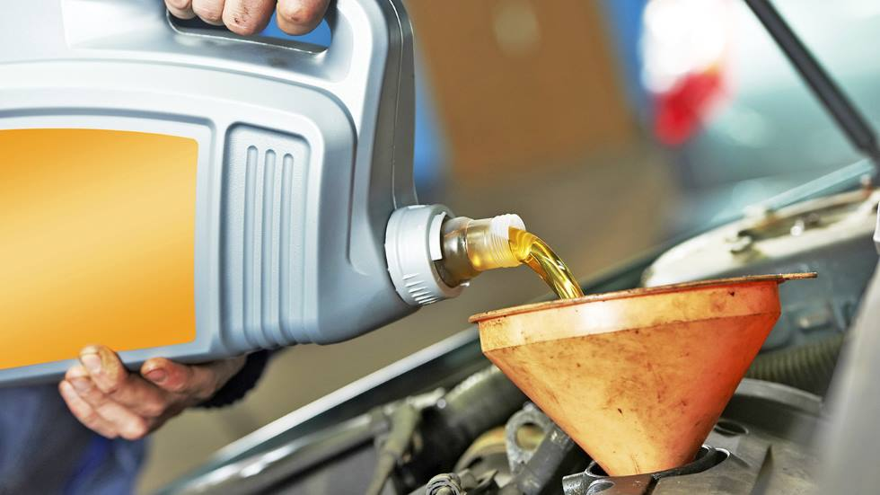 ¿Qué aceite elegir para el coche? La importancia de la temperatura y la viscosidad