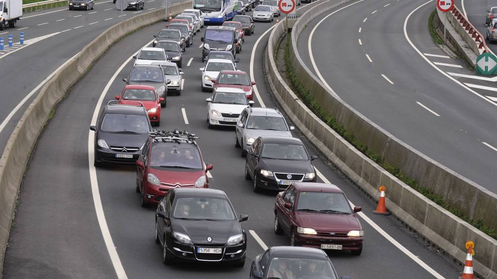 Cuántos coches de más de 10 años circulan hoy en España